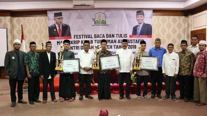 Santri Dayah Ulee Titi Juara Festival Baca dan Tulis Manuskrip