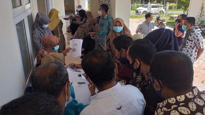 Ratusan Pegawai Jalani Vaksin Covid-19 di Puskesmas Kota Juang