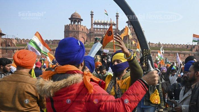 FOTO -  Ribuan Petani India Gelar Demonstrasi Pada Peringatan Hari Republik - para-petani-ikut-serta-dalam-unjuk-rasa-5.jpg