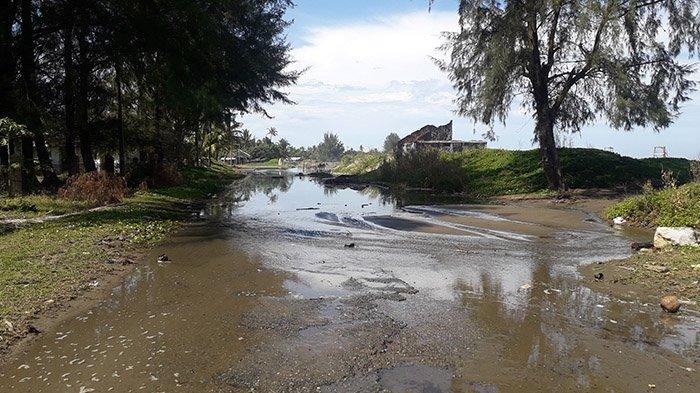 Pasang Air Laut belum Surut, Warga Meulaboh Minta Pemkab Aceh Barat Kerahkan Alat Berat