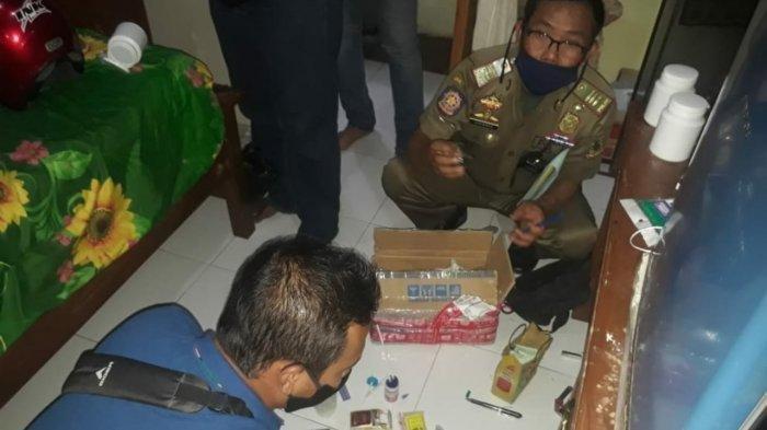 Satpol PP Ciduk Pasangan Bukan Suami Istri Berduaan di Kamar Kos, Temukan Sabu-sabu dan Alat Isap