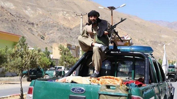 Taliban Bunuh 20 Pemberontak Panjshir, Ayah dan Dua Anak Jadi Korban