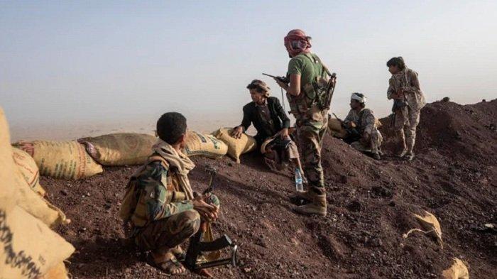 Tentara Yaman Bersama Rakyat Memukul Mundur Milisi Houthi di Marib
