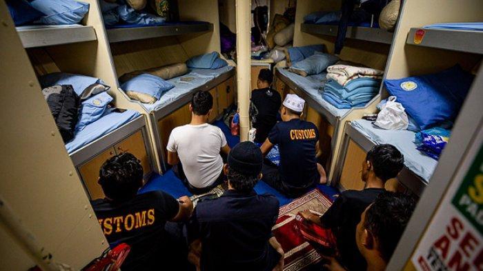 FOTO - Mengikuti Patroli Laut Bea Cukai Dari Aceh Hingga Perairan Kalimantan Barat - patroli-bea-cukai-11.jpg