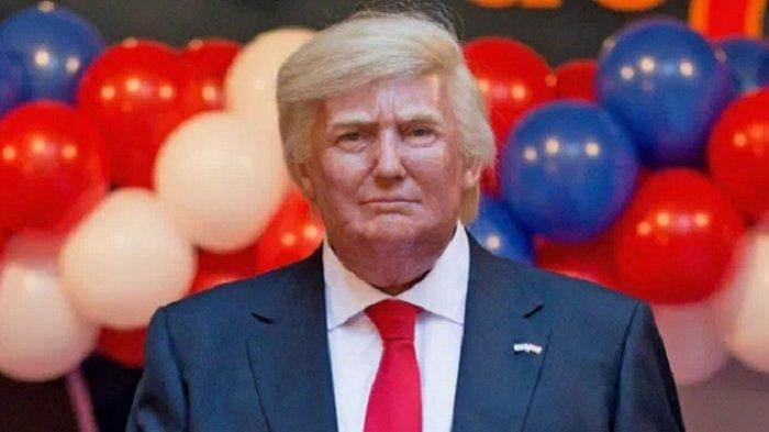 Patung Lilin Donald Trump Jadi Sasaran Tinju di Museum Texas