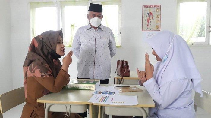 Sekda Aceh Kunjungi SLB Calang, Aceh Jaya, Ini Pesannya