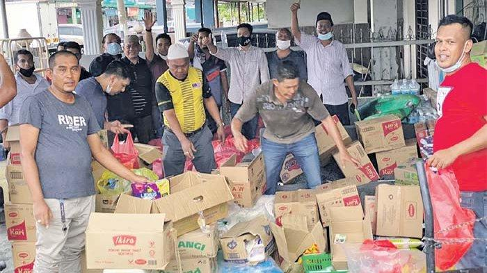 Komunitas Aceh Malaysia Salurkan Bantuan Pangan di Gombak