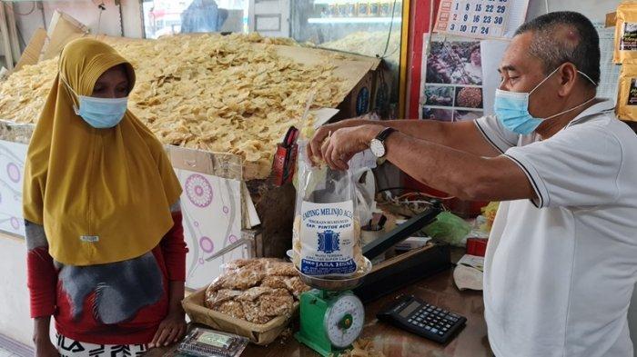 Harga Emping Melinjo di Pidie Melonjak Selama Ramadhan 1442 Hijriah