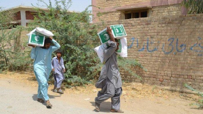 Arab Saudi Bantu 100 Ton Kurma ke Pakistan
