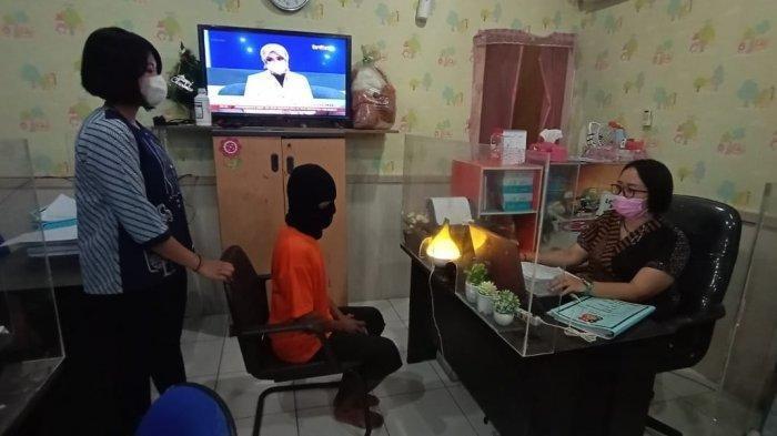 Fakta Ayah Cabuli 5 Putri Kandung di Medan, Ditinggal Istri Usai Bertengkar, Terancam Kebiri Kimia