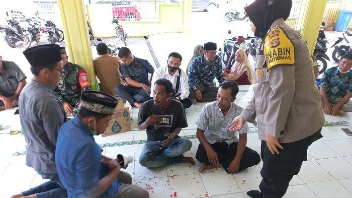 Pelaku Vandalisme Menangis di Hadapan Pengurus Masjid, Kasus Diselesaikan Secara Kekeluargaan