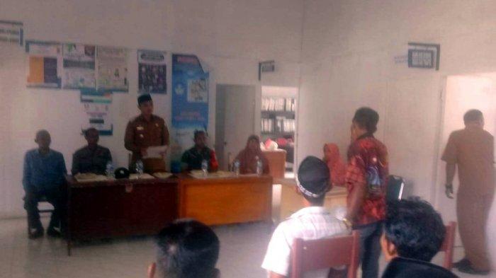 Pelantikan Keuchik di Aceh Barat Diwarnai Insiden Pemecahan Kaca Pintu dan Jendela