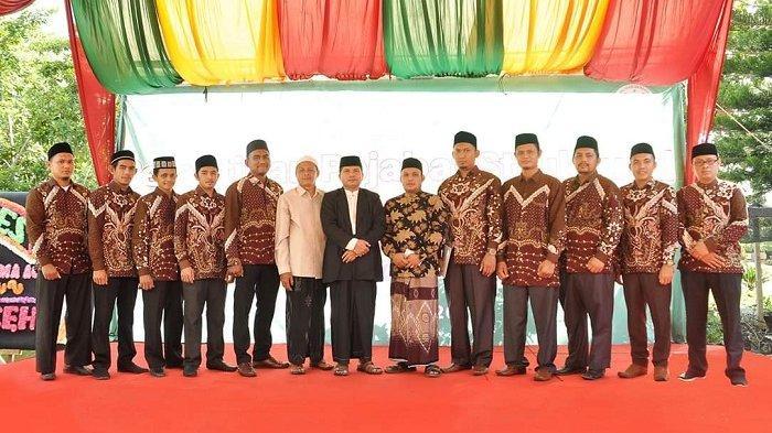 Tgk Faisal Lantik Ketua STIS NU Aceh dan 10 Pejabat Baru