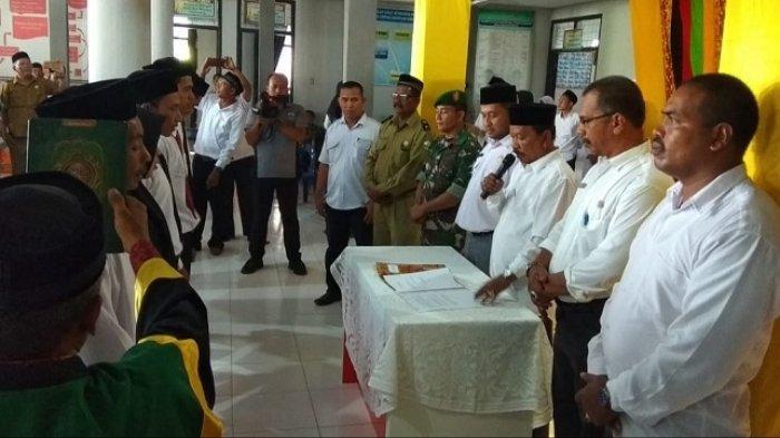 Bupati Bireuen Lantik 297 Perangkat Gampong Simpang Mamplam, Ini Jabatannya
