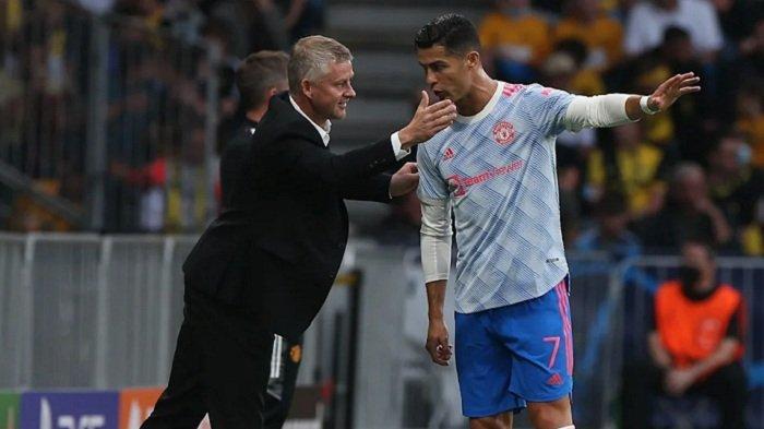Reaksi Cristiano Ronaldo Disorot setelah Bruno Fernandes Gagal Penalti, Rekor Sempurna CR7 Rusak