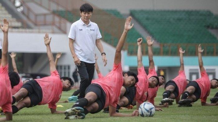 Dilarang Dampingi Timnas Indonesia Lawan UEA, Shin Tae-yong Belum Tunjuk Siapa Penggantinya