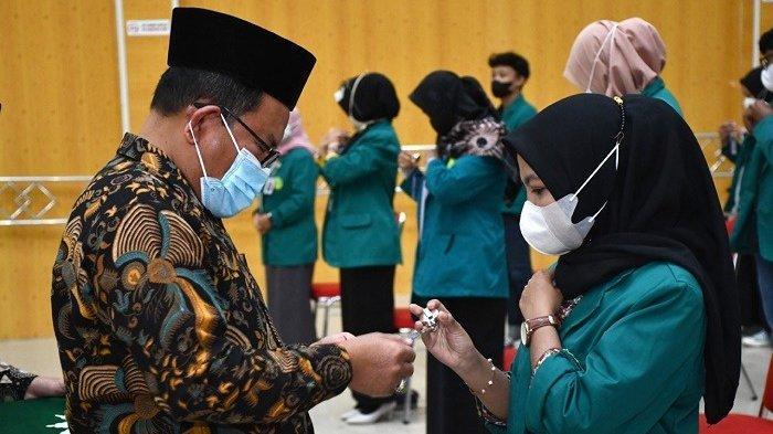 Rektor Unmuha Aceh Lepas 44 Mahasiswa untuk Program Kampus Mengajar