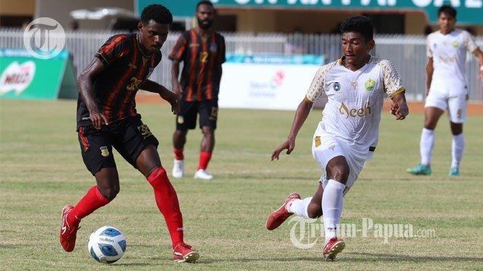 Hasil Sepak Bola PON XX Papua: Tuan Rumah Kalahkan Aceh, Gol Indah Samuel Balinsa Jadi Penyelamat
