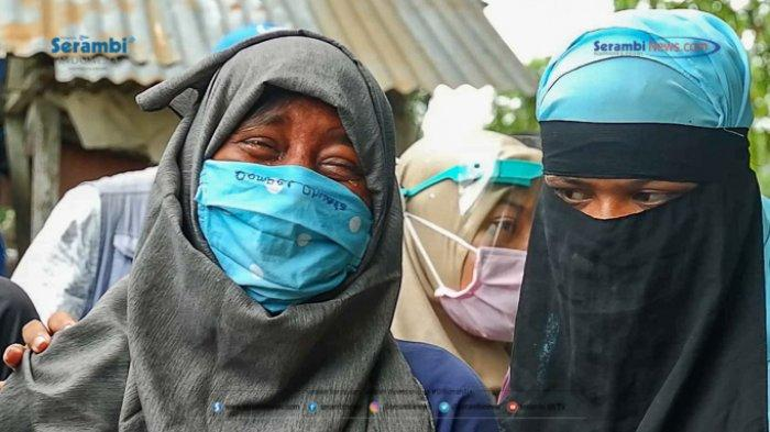 FOTO - Suasana Haru Saat Pemakaman Gadis Rohingya di TPU Kuta Blang, Lhokseumawe - pemakaman-gadis-rohingya-1.jpg