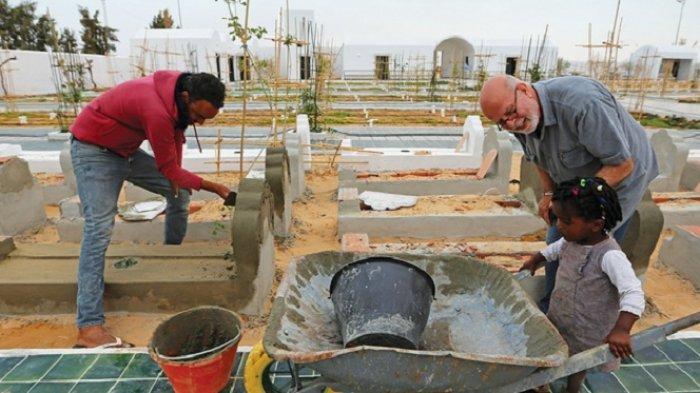 Warga Tunisia Hormati Migran Tenggelam, Makamkan Secara Islami dan Bermartabat