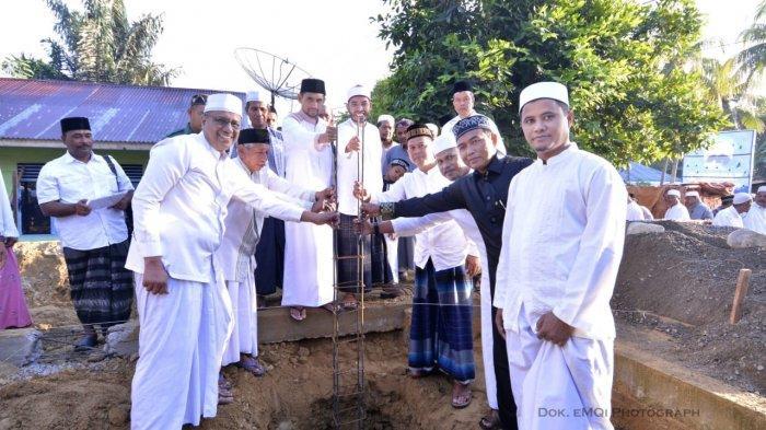 Jamaah Safari Subuh Masjid Agung Al-Falah Bangun Rumah Janda Miskin di Pidie