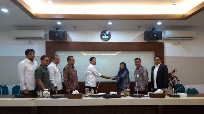 Guna Tingkatkan Investasi Migas Aceh, Pemerintah Pusat Serahkan Data Hulu Minyak dan Gas Aceh