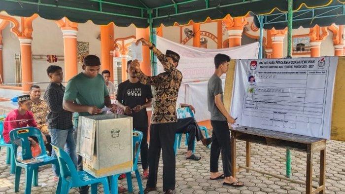 Keuchik Idrus Kembali Pimpin Gampong Abo Teubeng di Pidie