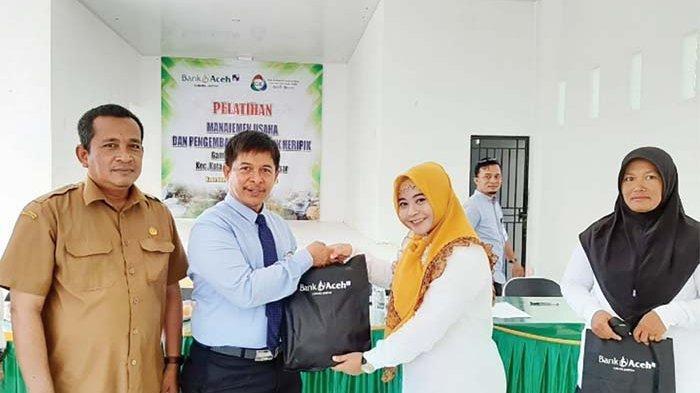 Bank Aceh Latih Pelaku Usaha Keripik
