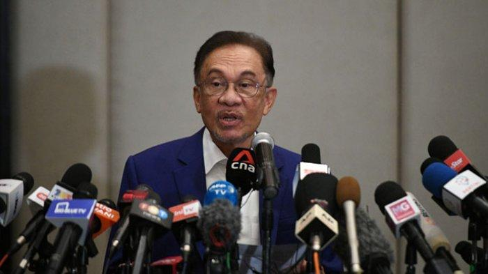 Politik Malaysia - Anwar Ibrahim Sebut Polisi Punya Niat Jahat Saat Selidiki Daftar Pendukungnya