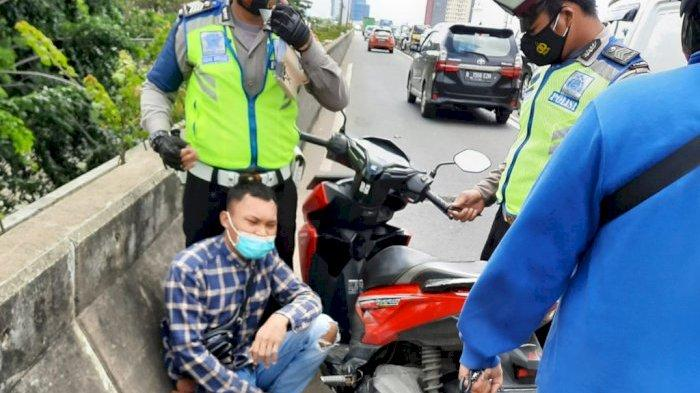 Teriak-teriak Saat Ditilang Polisi, Ternyata Pria Ini Bawa Sabu di Kantongnya