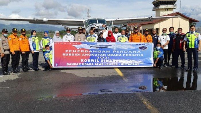 Penerbangan Perdana Susi Air, Lima Penumpang Diterbangkan dari Kutacane ke Banda Aceh