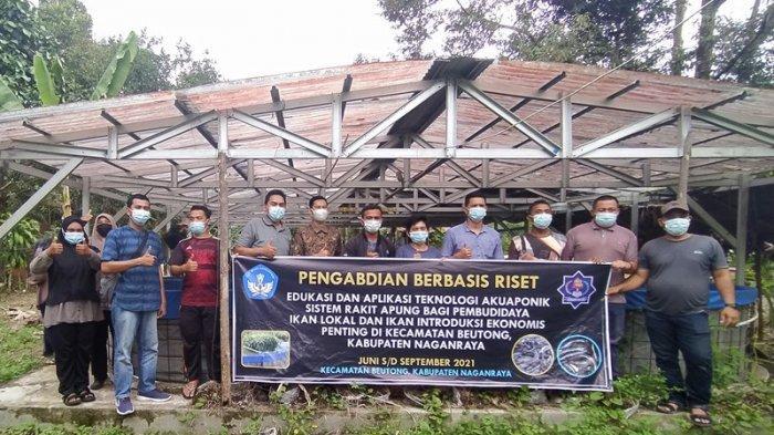 Dosen UTU Lakukan Pengabdian Pembuatan Akuaponik Rakit Apung di Nagan Raya