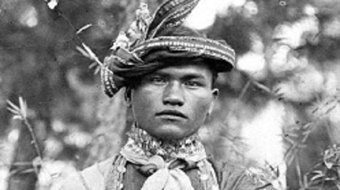 Mewahnya Pengantin Gayo Masa Lalu, dengan Hiasan Kalung Perak - pengantinpriagayo.jpg