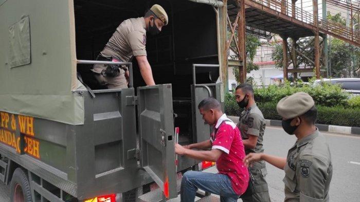Satpol PP Banda Aceh Amankan Pengamen, Pengemis Hingga Tangkap Sapi
