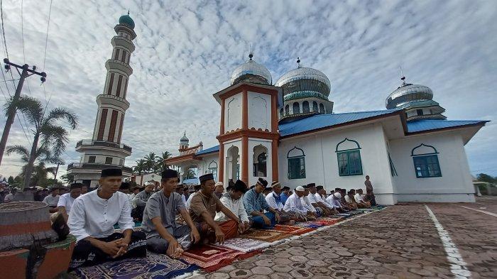 Tata Cara Shalat Idul Fitri, Membaca Takbir di Setiap Rakaat Hingga Disunnahkan Mendengar Khutbah
