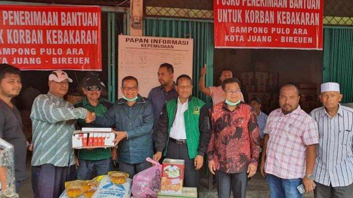 PPP dan PKS Bantu Korban Kebakaran di Desa Pulo Ara