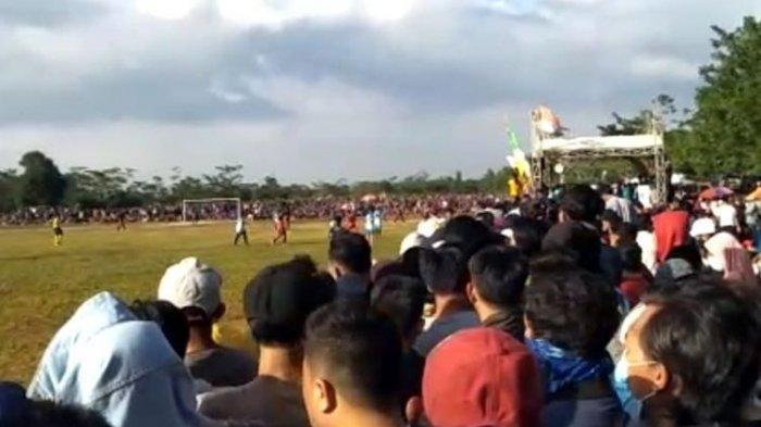 Suporter Datang ke Stadion, Satgas Covid-19 Hentikan Turnamen Sepakbola
