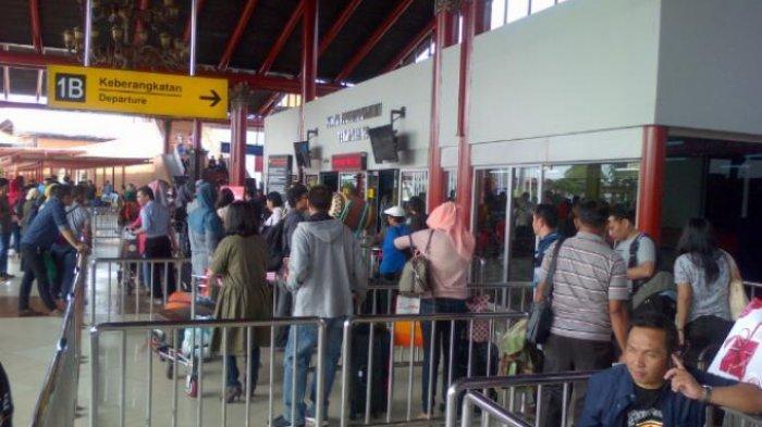Masih Pandemi, Pemerintah Justru Buka Penerbangan dari Wuhan ke Soekarno-Hatta, Alasannya?