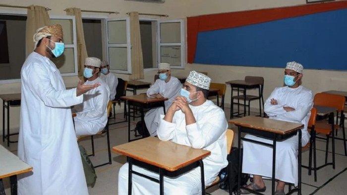 Oman Segera Pecat 2.700 Guru Asing, Gantikan dengan Guru Lokal