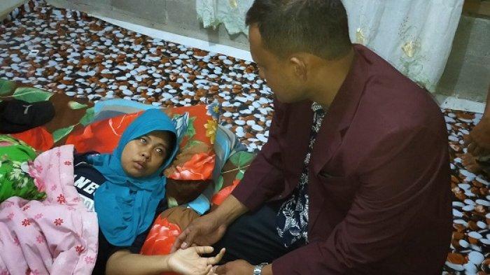 Mengaku Khawatir, Tengah Malam Bupati Aceh Timur Jemput Mualaf Sakit dan Dibawa ke  RS