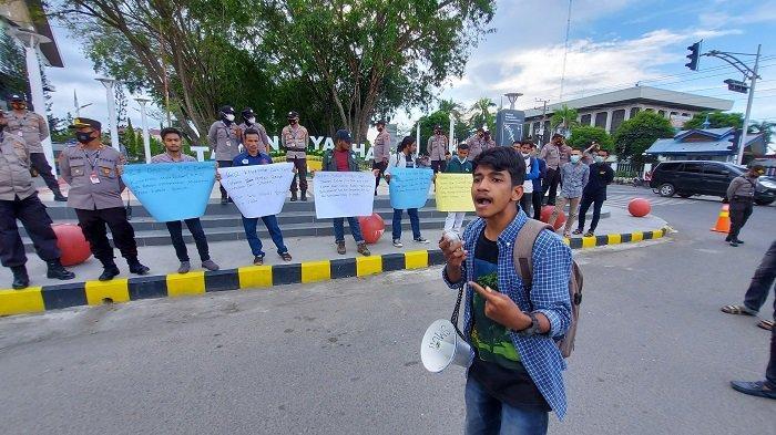 Puluhan Mahasiswa di Lhokseumawe Peringati 148 Tahun Perang Aceh dengan Belanda