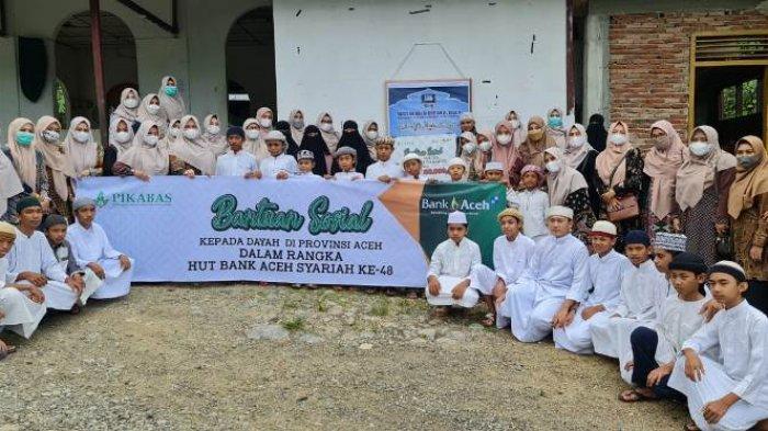 Persatuan Istri Karyawan Bank Aceh Syariah Bantu Dayah di Tujuh Kabupaten/Kota di Aceh