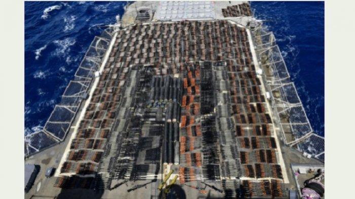 Angkatan Laut AS Sita Pengiriman Ribuan Senjata Iran di Laut Arab ke Milisi Houthi