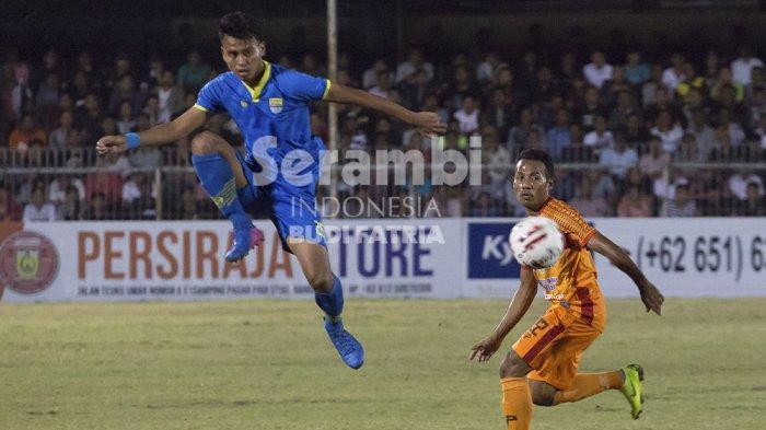 FOTO-FOTO : Persiraja Banda Vs Blitar Bandung United - persiraja_3.jpg