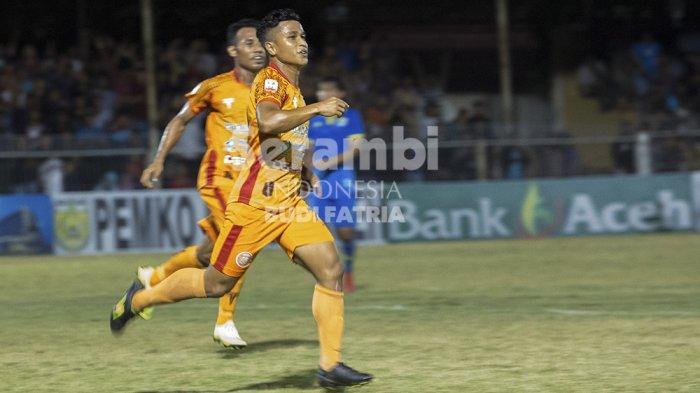 FOTO-FOTO : Persiraja Banda Vs Blitar Bandung United - persiraja_5.jpg