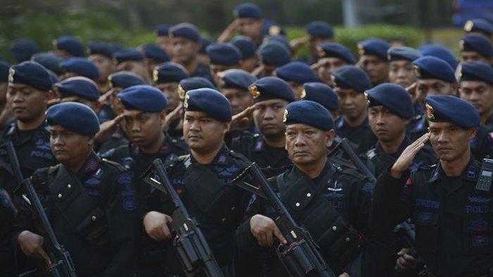 Pulihkan Keamanan di Fakfak, Polda Papua Barat Kirim 100 Personel Brimob, Aparat TNI Siaga di Lokasi