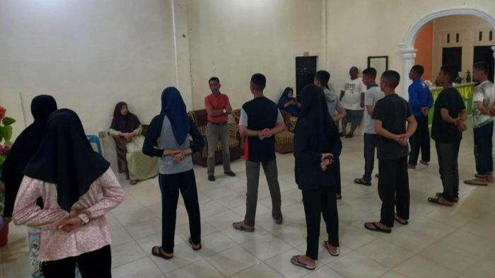 Personel Paskibra HUT ke-76 RI Tingkat Aceh Singkil Terus Digembleng, Ini Pesan Bupati