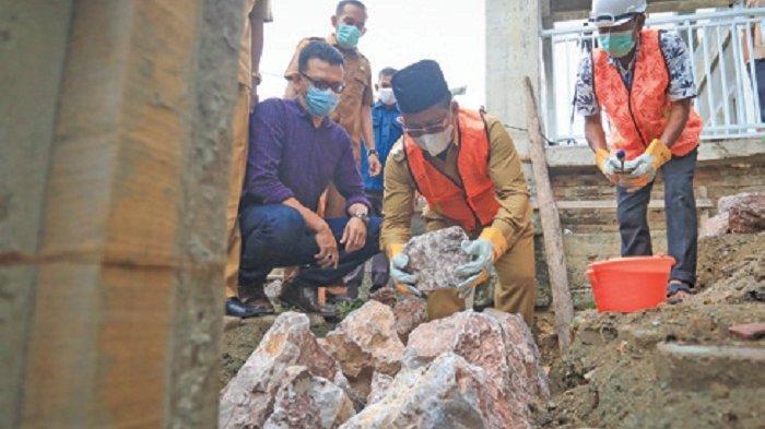 Wali Kota Letakkan Batu Pertama Perluasan Masjid Al-Muhyi