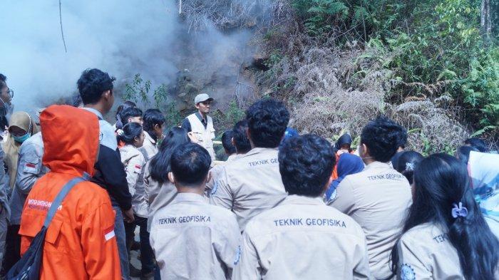 Kunjungan Lapangan Mahasiswa Program Studi Teknik Geofisika Universitas Pertamina ke Pusat Panas Bumi di Wilayah Kamojang
