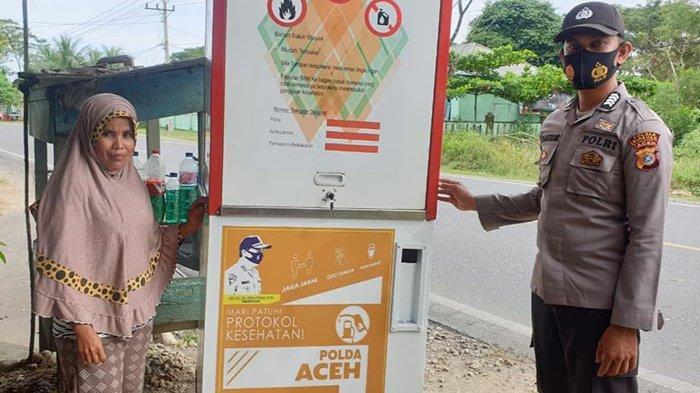 Dua Warga Kurang Mampu di Bireuen Dapat Bantuan Pompa Pertamini dari Kapolda Aceh